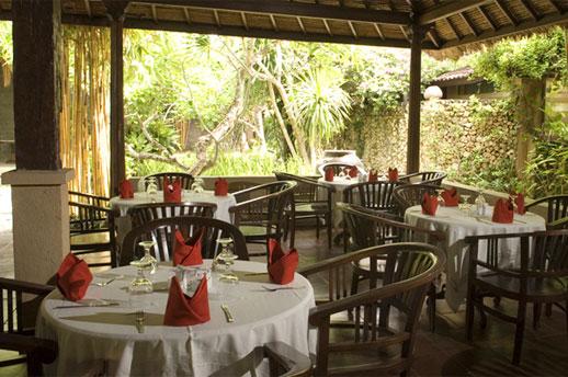 hotel-puri-bambu-restaurant